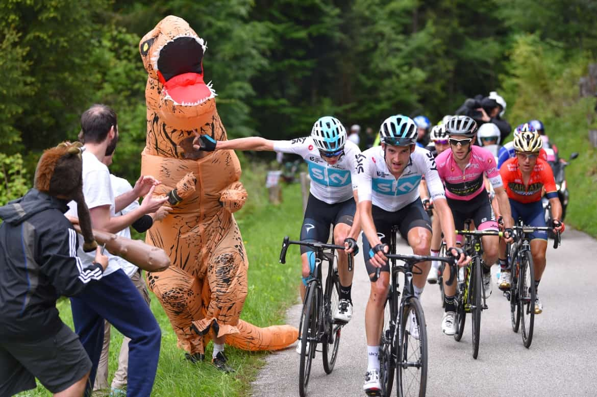 Zoncolan delivers pain, gains and dancing dinosaurs 1